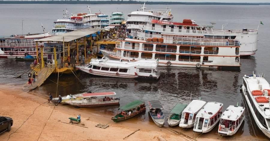 viagem-de-barco-rio-amazonas